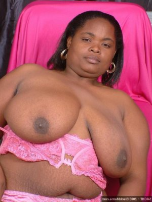 Fatimetou massage sexy bdsm à Lempdes